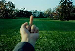finger_whitehouse305