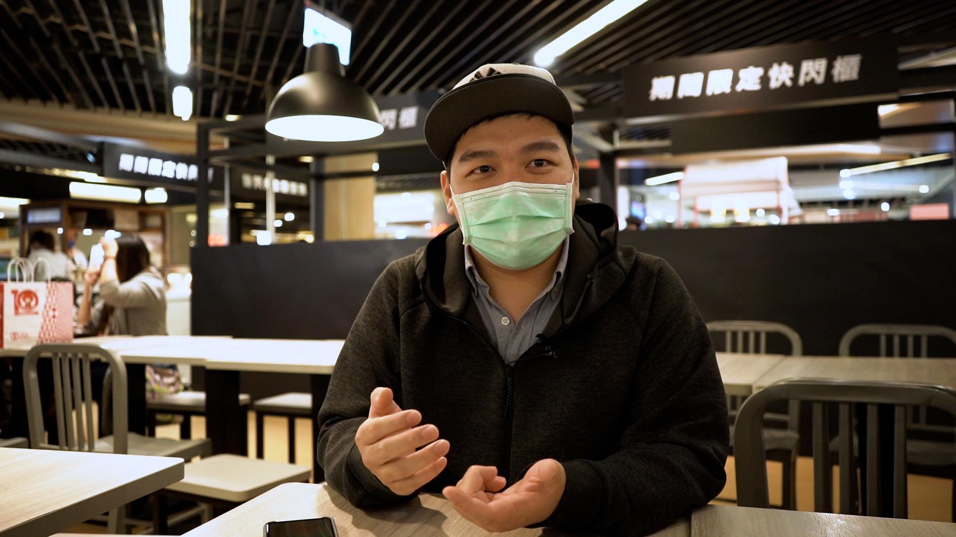 Sam覺得目前香港已難以再有任何反抗行為。他說要令國際社會援助香港,先要在海外聚集政治力量。(文海欣攝)
