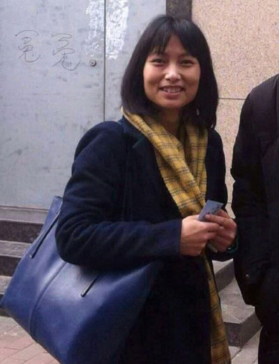 王胜生律师评估,律师事师所妥协继续履行合约,是因她尽早将事向外公布,得到法律及社会的支持,遂成功扭转结果。她谓,不敢猜测往后如何,因为她拒絶不做「敏感」案件的要求。(网民)
