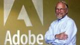 2001年5月9日,Adobe創始人John Warnock在公司總部留影。Flash Player最初由Macromedia編寫,後被Adobe收購。近年Flash Player成為黑客目標。因此,Adobe宣布,今年12月31日後將終止支持Flash Player。