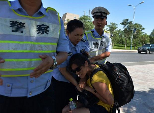 Xinjiang-Journalist-Camera620.jpg