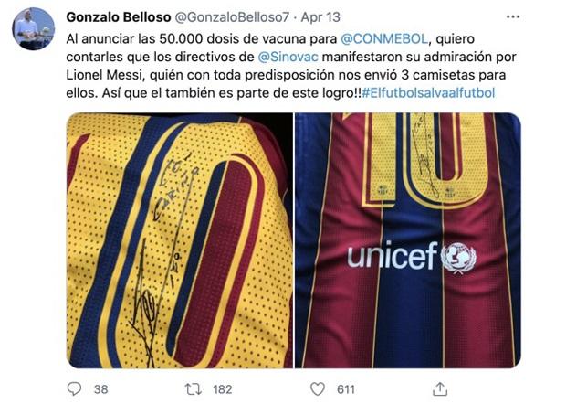 南美足联副秘书长贝洛索本月13日在发推发文,感谢美斯送出三件亲笔签名的球衣,帮助南美足联获得5万支科兴疫苗。(贝洛索推特)
