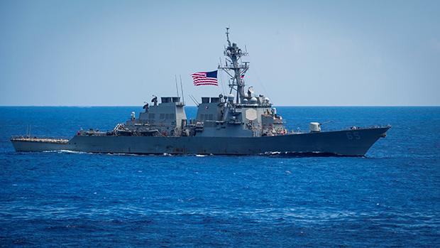 【南海争议】仲裁5周年 美军舰巡航西沙  解放军谴责回应