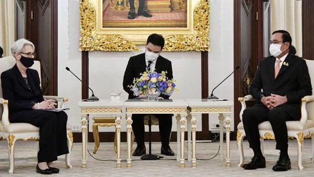 美副卿访柬埔寨 「严重关切」中共「军事存在」