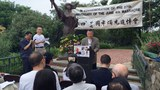 2016年6月4日,中國民主運動海外聯席會議主席、民運人士魏京生(中間站立者)在華盛頓六四紀念晚會上演講。(張家瑞提供)
