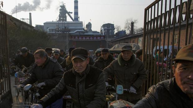 中国国有企业拖欠民企账款近九千亿       惊动总理李克强介入
