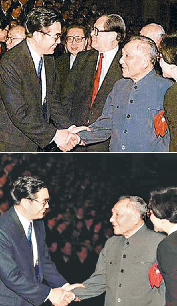 90年代初,中共官方就曾发过邓小平与胡锦涛握手的照片,居然把原本在相中的江泽民和乔石删去。(网络图片)