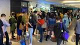 真香港人周五(9日)纷纷涌往「阿布泰」施以惩罚。