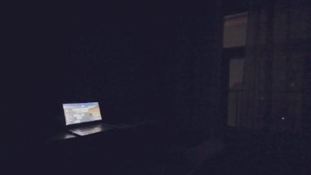 广州一入住酒店的客人遭遇突然停电。(微博图片)