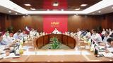 2021年9月18日,官派的海航黨委書記,破產重組工作組組長顧剛在內部會議上宣佈包括陳峰在內的海航高管團隊股份清零。
