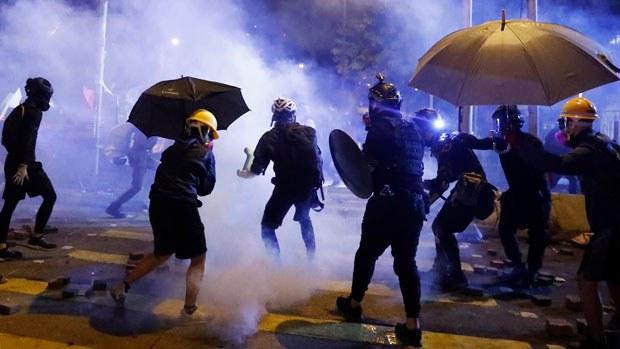 HK-police620.jpg