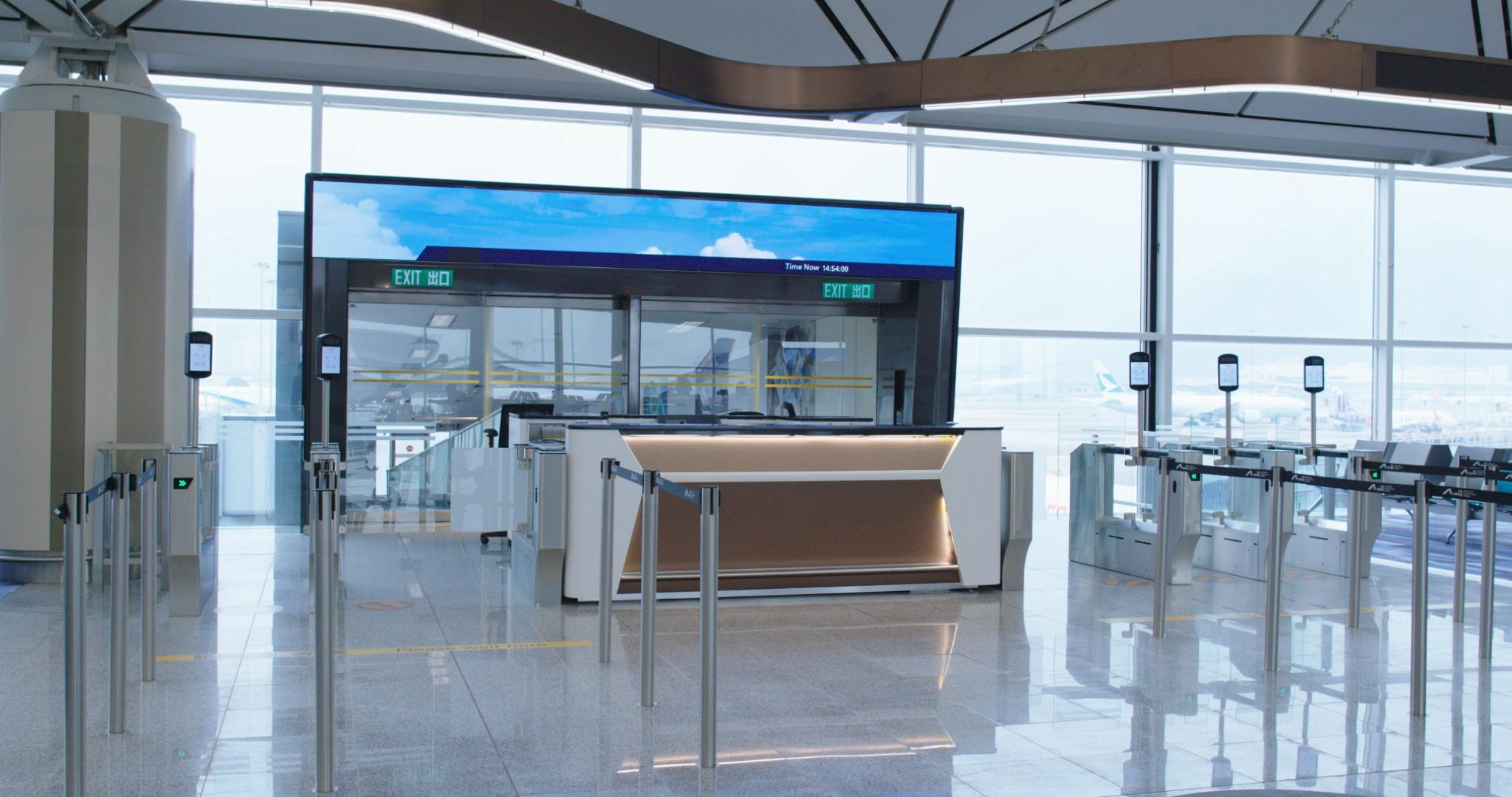 記者亦翻查資料,發現國泰航空早於去年5月與機管局聯合進行大規模試行,有二百名國泰同事參與。(機管局圖片)