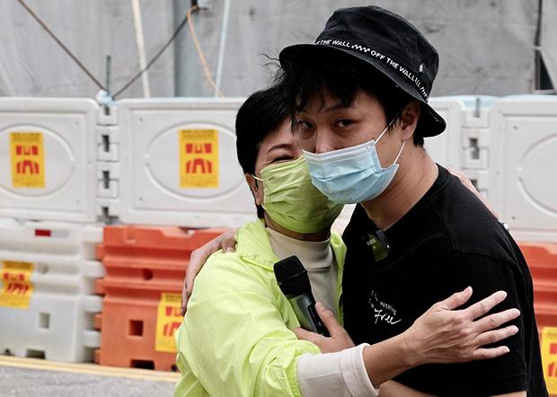 hk-arrest2.jpg