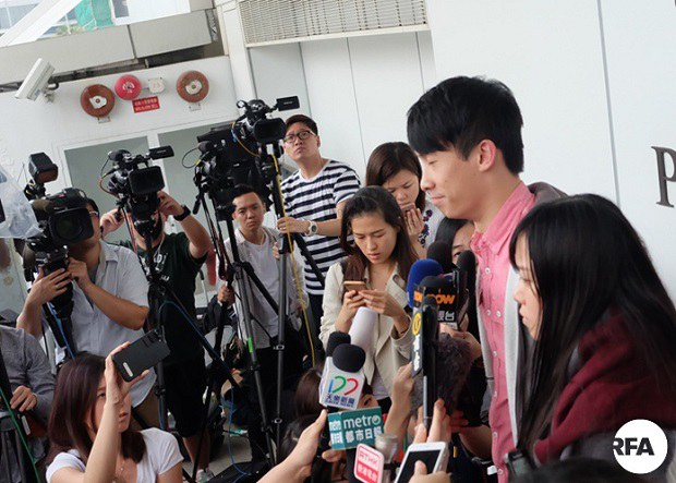 hk-arrest1