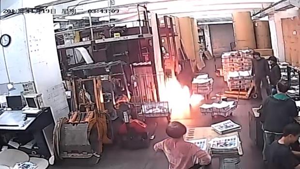 《大紀元時報》印刷廠遭縱火 疑跟反共立場鮮明有關