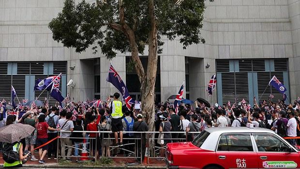 申领BNO人数急增   英方指香港局势令人忧虑