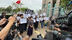蔡玉玲案提堂 大批記者及民主派人士到場聲援