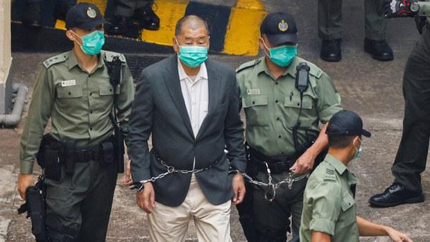 壹传媒创办人黎智英被控诈欺罪及《香港国安法》下的「勾结外国势力危害国家安全」两项罪名。(路透社资料图片)