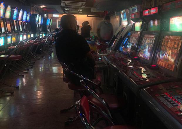 港府要求遊戲機中心等娛樂場所關閉,有關措施於周六(28日)下午6時起實施,試行14天。 (文海欣 攝)