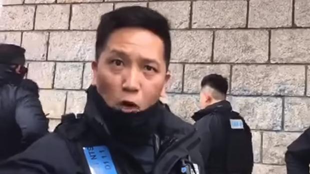警員疑再將記者身份證放鏡頭前 私隱公署將去信警務處