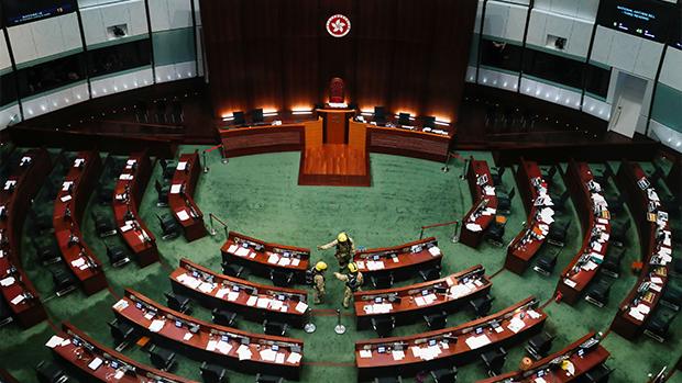 延任與否有不同意見:中共成功分化泛民和抗爭派?