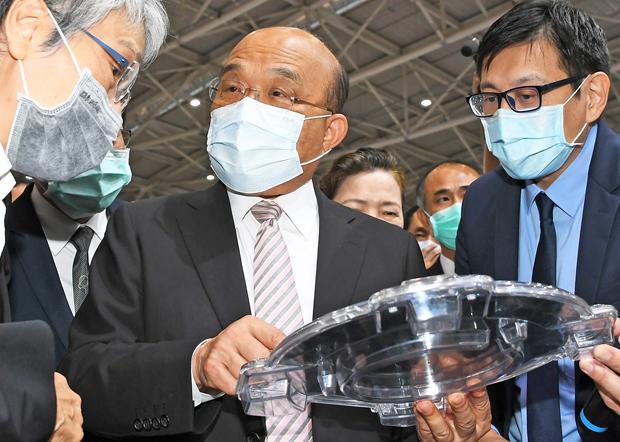 2020年9月23日,行政院長蘇貞昌,蔡英文如能出席APEC會議,將讓世界看見台灣。(行政院提供)