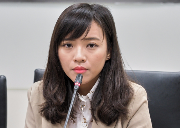 高雄市議員黃捷:韓國瑜應先表態撐香港,大家才會相信他推動「香港村」的立場。(鍾廣政 攝 / 2019年3月25日)
