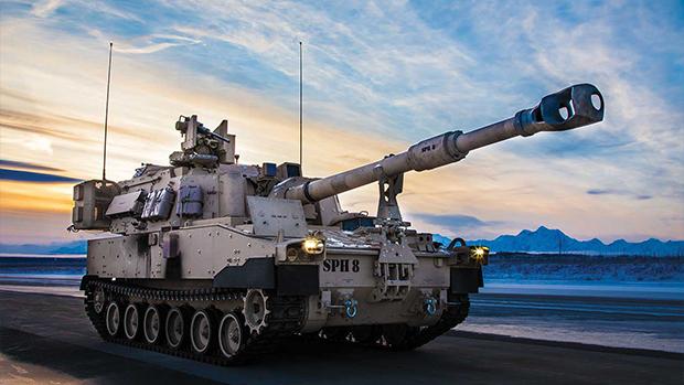 美M109A6自走砲售台 王定宇:潛艇「紅區裝備」售台已落實