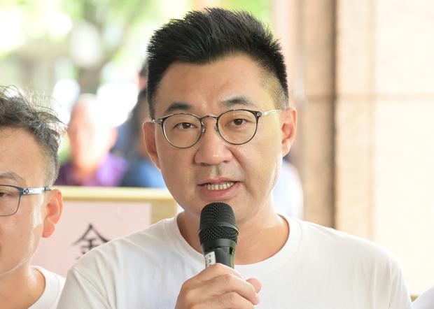 2020年9月23日,国民党主席江启臣:民调显示高达七成民众反对瘦肉精猪肉进口。(锺广政 摄)