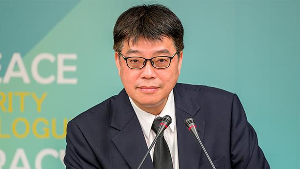 2021年3月1日,陸委會副主委邱垂正:呼籲中共停止傷害香港,將民主自由權利還給港人。(鍾廣政 攝)