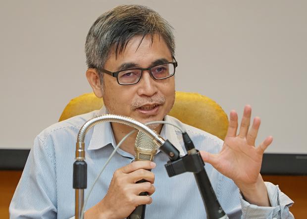 2020年7月9日,中研院研究员吴介民:台湾应趁机成为全球公民社会的中心。(锺广政 摄)