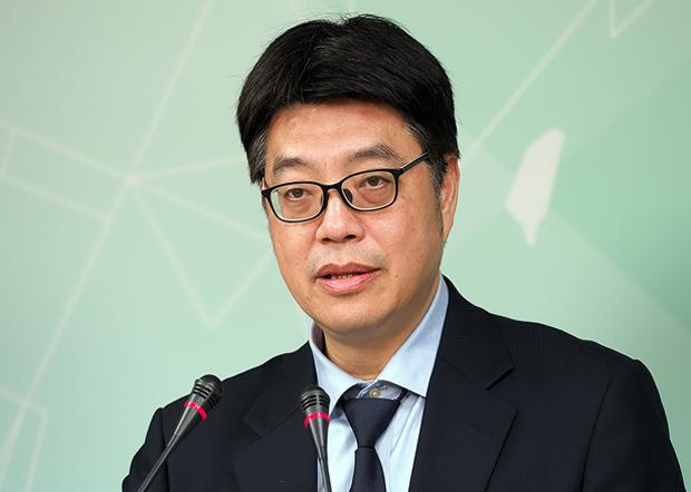 2020年1月30日,台灣陸委會副主委邱垂正︰台灣提出包括專機方案接回滯留武漢台灣人,但中方至今沒有回應。(鍾廣政攝)