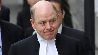 David Perry 不再出任黎智英案主控。