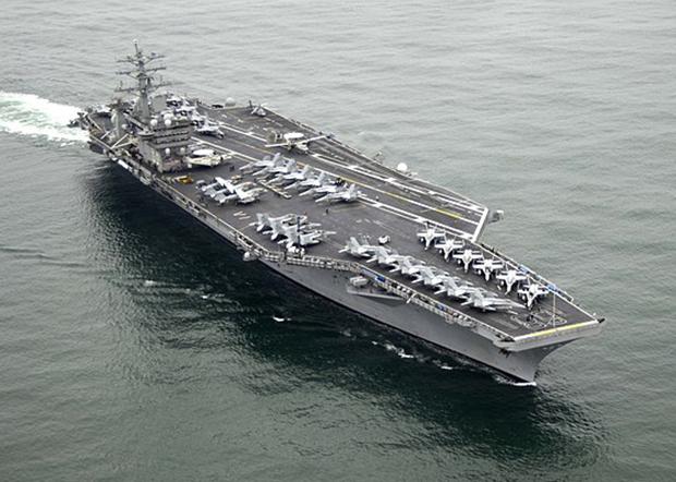 美海军尼米兹号航空母舰正回航波斯湾备战。(资料图片)