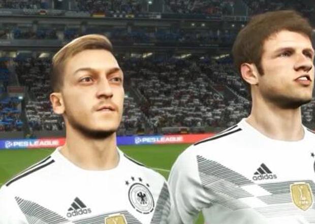 2019年12月18日,网易宣布将奥斯尔的形象从其代理的网游《实况足球》中剔除。图为奥斯尔(左)的网游形象。(《实况足球》游戏截图)