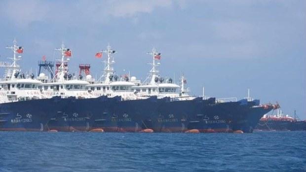 菲派戰機飛越南海中國船艦群    指中國策動大批船佔據戰略要津