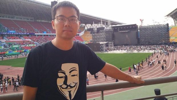 中國80後傳媒人張賈龍推特聲援香港 「尋釁滋事」罪成獲刑一年半