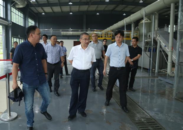 2020年7月初,杭州西湖區一把手亦前往此次肇事的垃圾處理中心視察。(知情人提供)