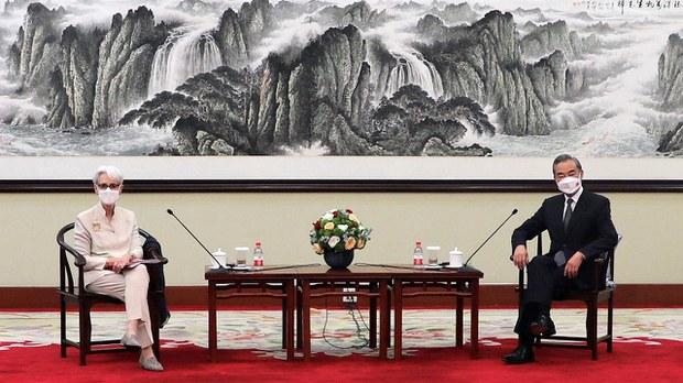 国防外交三巨头访亚洲 美副卿会王毅提香港新疆人权