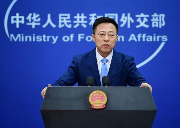 中國外交部發言人趙立堅3月13在推特上指控「美軍把病毒帶到武漢」,遭美國政界和輿論回擊。(趙立堅推特圖片)