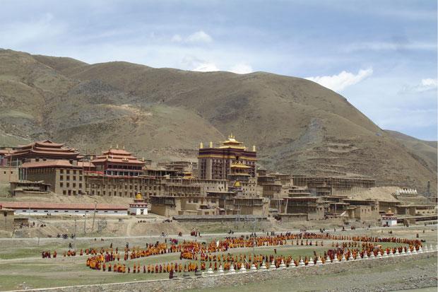 四川阿壩州壤塘縣壤藏族婦女格吉自焚地點在囊覺派壤塘大寺附近。(圖片來自維權人士)