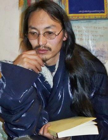 Tibetan-Author-Arrested350.jpg