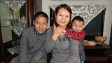 Uighur_writer_family305.jpg