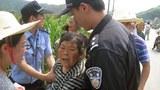 ZJ-Hangzhou-Villager-Land-Protest620.jpg