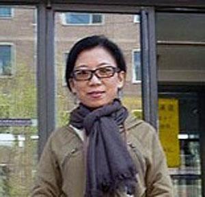 """""""国际妇女勇气奖""""得奖者之一的北京藏族作家唯色,在三八妇女节期盼获得尊重和平对待。(相片由唯色提供)"""