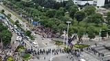 zhongshan_migrants_fighting3_305.jpg