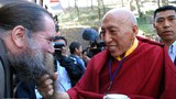 Tibetan exile prime minister Samdong Rinpoche greets musician and Tibet supporter Phil Void, Nov. 17, 2008.