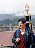 Southerland at Jokhang temple during a quieter time in 1988. Photo: RFA