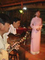 Vietnamese opera singer and musicians. Photo: RFA/Dan Southerland