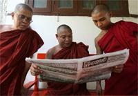 burmese_monks-200.jpg